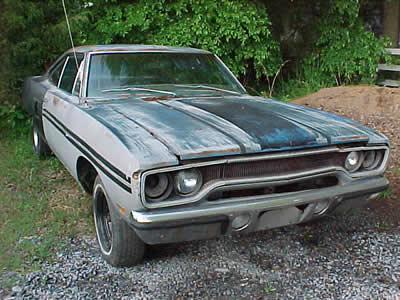 carsinbarns_70roadrunner.jpg